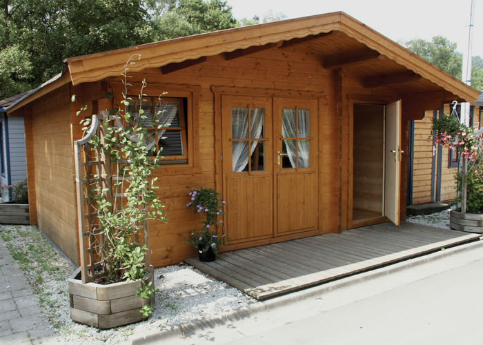 Medium size log cabins for Log cabin extensions