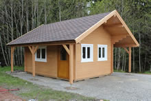 Bertsch Holzbau-Springfield Cabin 400x550 with side roofs and canopy Pic 1