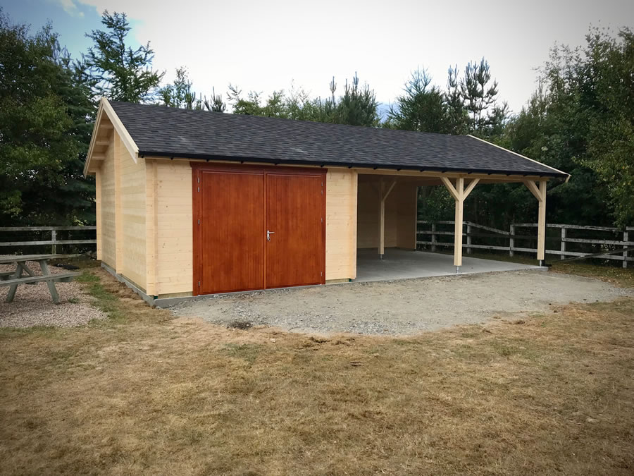FPL9551 - Garage 600x400 with Carport 600x630